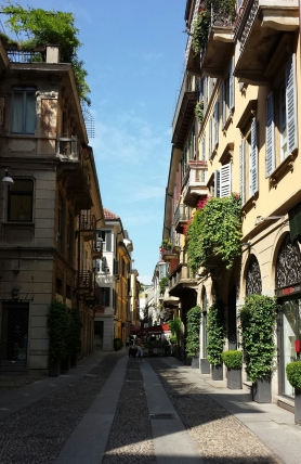 Random street in Milan. No, it is not a movie set. Yes, random streets actually look like this.